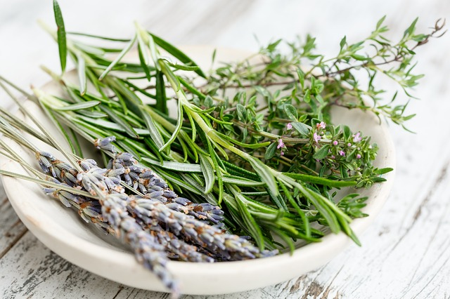 10 Uses for Fresh Herbs